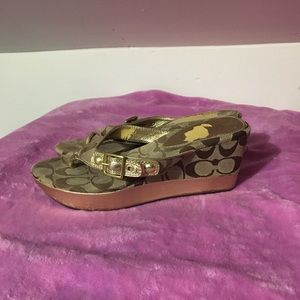 Coach wedges in gold and tan